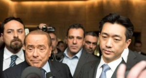 Berlusconi e Mr. Bee