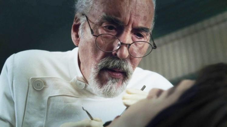 Lee interpreta il padre di Willy Wonka