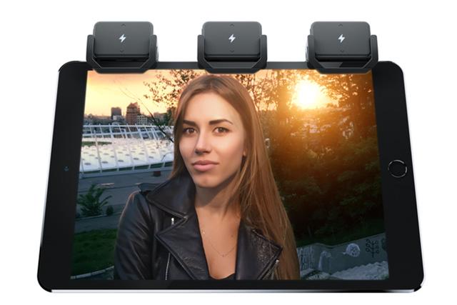 iblazr_2_iPad