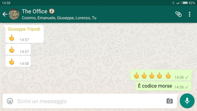 middle-finger-whatsapp-658x370