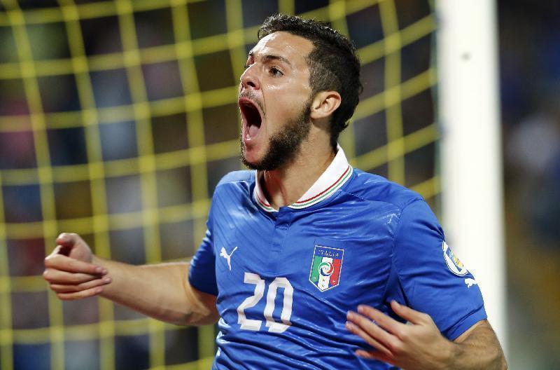 Destro in gol contro Malta con l'Italia.