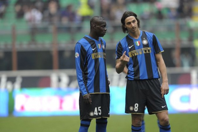Ibrahimovic con Balotelli ai tempi dell'Inter.