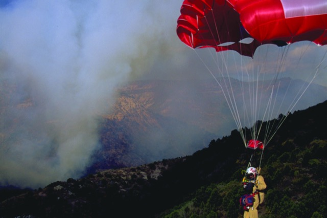 pompieri-paracadute