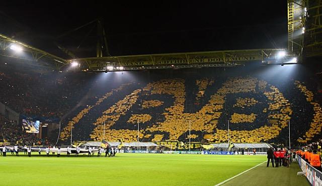 I tifosi del Borussia Dortmund, per molti sono i supporters migliori d'Europa.