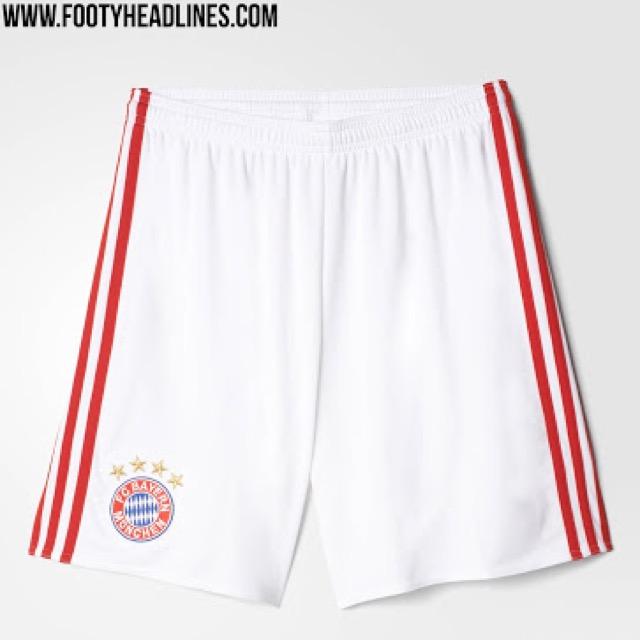 I calzoncini bianchi tornano sulla divisa del Bayern Monaco dopo 10 anni.